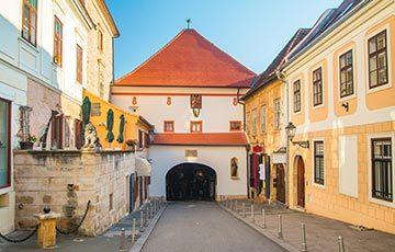 Zagreb Stone gate, Porta di Pietra