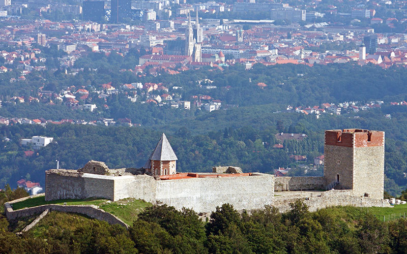 Medvedgrad Castle 800 Years Overlooking Zagreb Visit Zagreb
