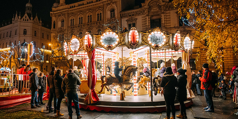 Advent Zagreb Fooling Around at Strossmayer square | Photo: Marija Gasparovic | Zagreb Tourist Board