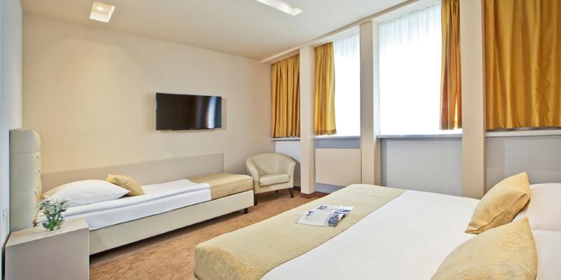 Hotel Central Zagreb Triple Room